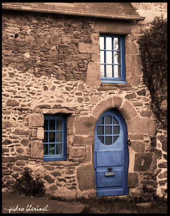BRETAGNE : la porte bleu (09/01/17)
