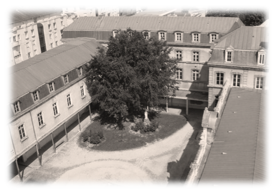 collège transformé en hôpital